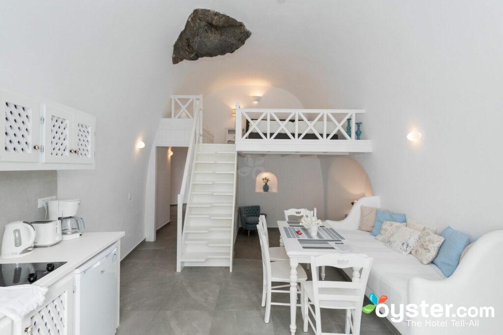 Aris Caves, Oia, Santorini/Oyster