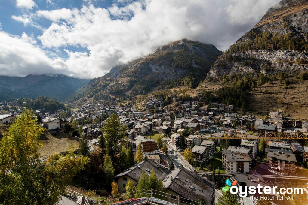 Chalet Hotel Schoenegg, Zermatt / Oyster