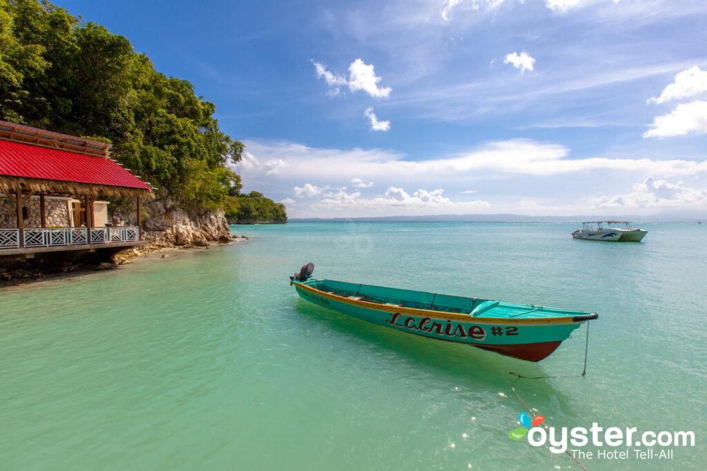 Abaka Bay Resort, Ile-a-Vache / Oyster