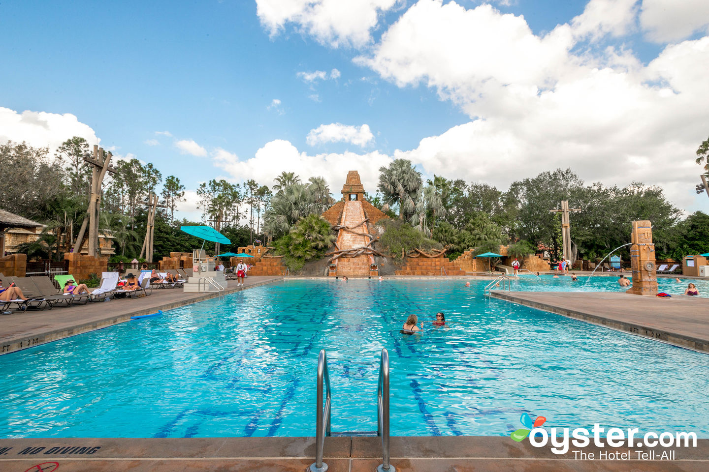 Disney S Coronado Springs Resort Review