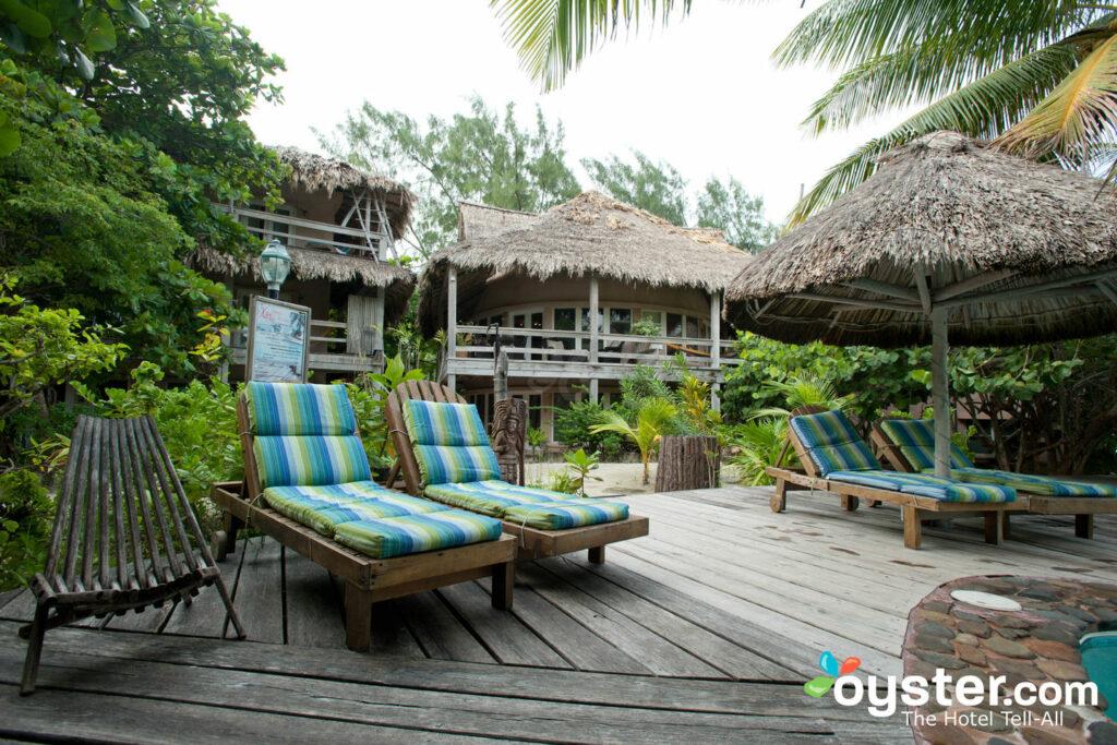 Xanadu Island Resort a Belize è un paradiso per gli uragani, con edifici a cupola progettati per parare i venti forti e un generatore di riserva. Non aspettarti che il tuo hotel sia preparato.