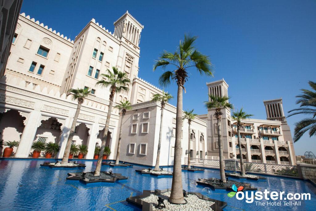 Al qasr дубай дубай mall of the emirates