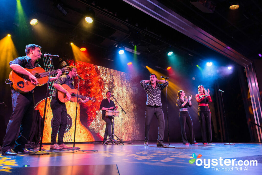 Le Star Theatre sur Viking Star / Oyster
