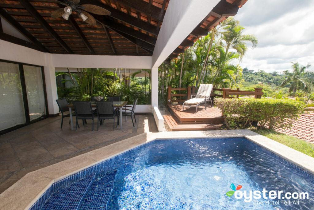 Villa mit 3 Schlafzimmern im Villas Sol Hotel & Beach Resort / Oyster