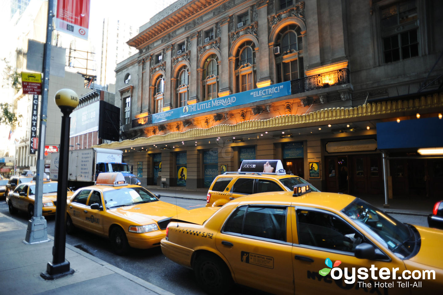 The Best Transportation From NYC Airports | Oyster com