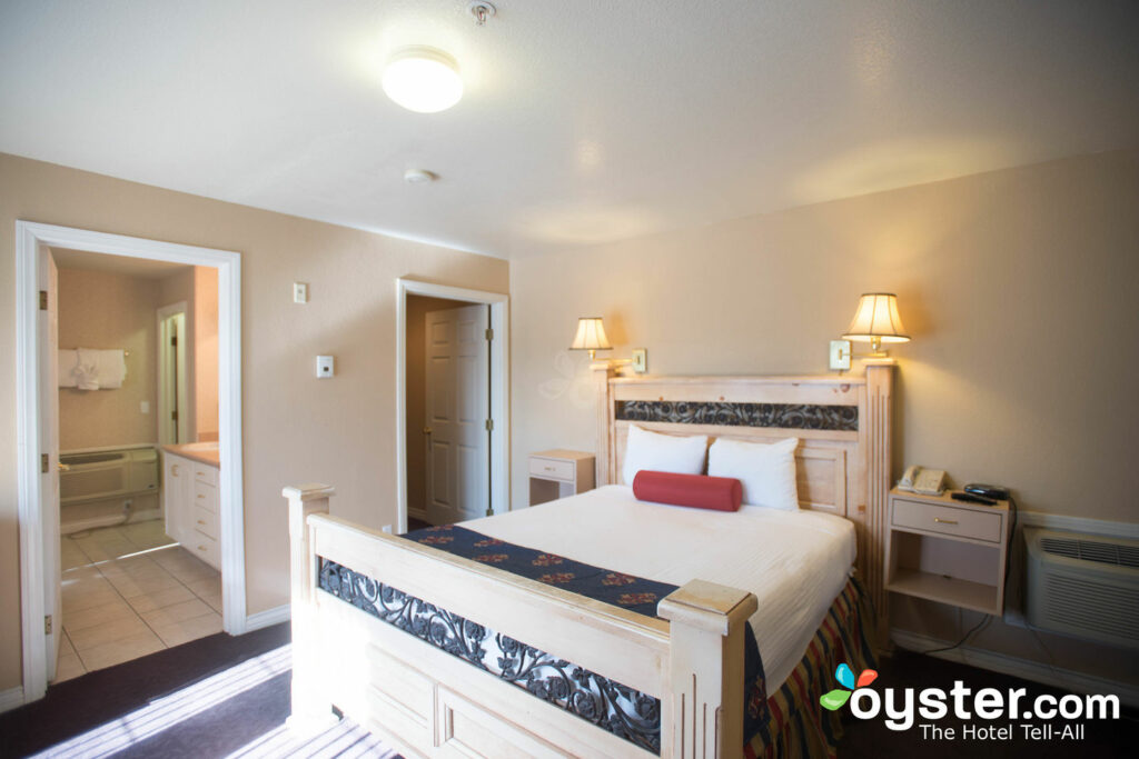 The Rita Suites Detailed Review Photos Rates 40 Oyster Custom Two Bedroom Suites Las Vegas Hotels