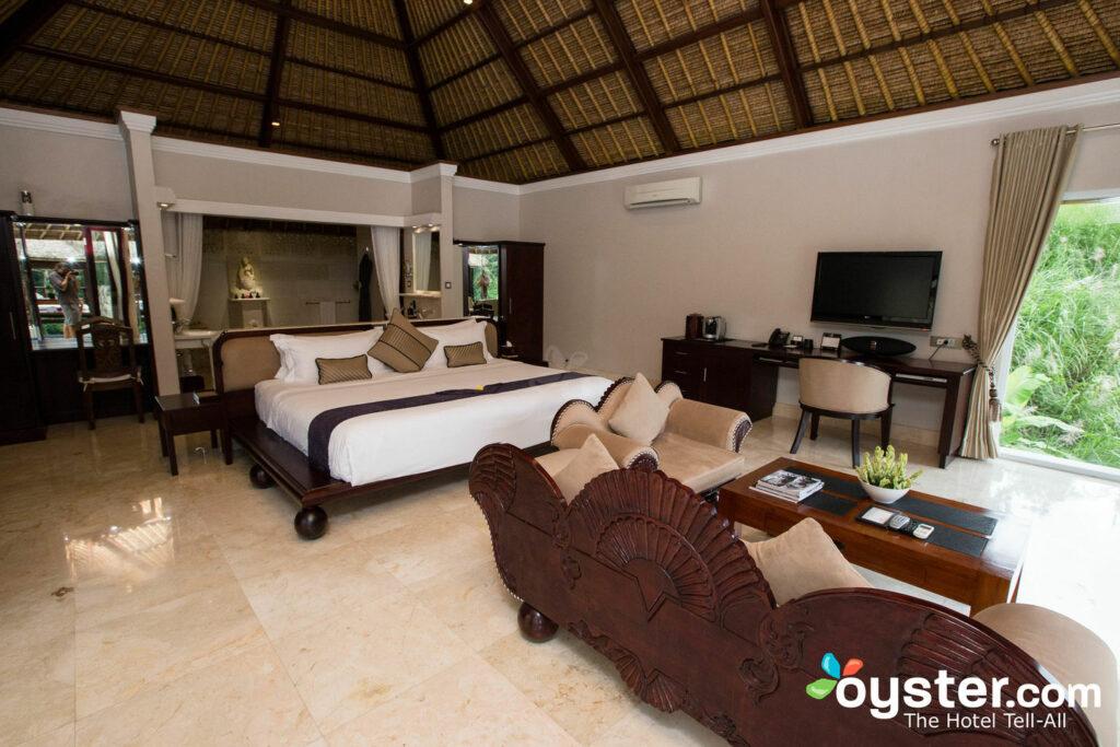 Gehen Sie zu Ihrer luxuriösen Villa. Egal, der Zimmertyp, es wird weitläufig sein.