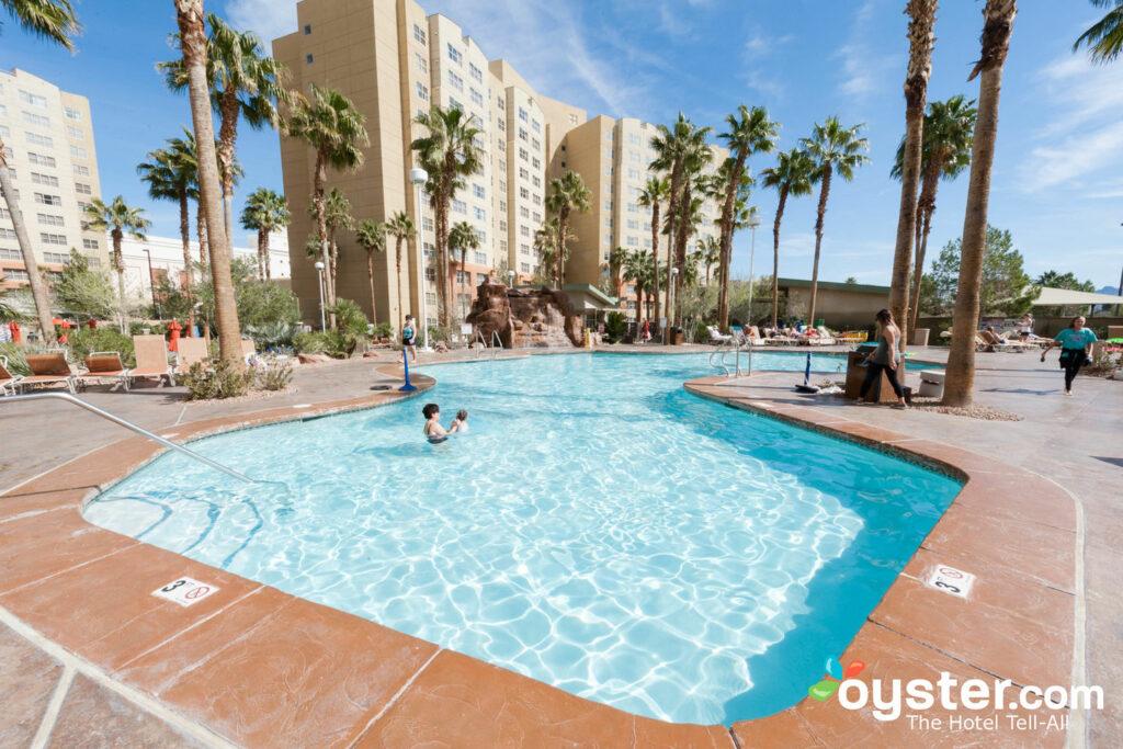 The Grandview at Las Vegas Detailed Review, Photos & Rates (2019