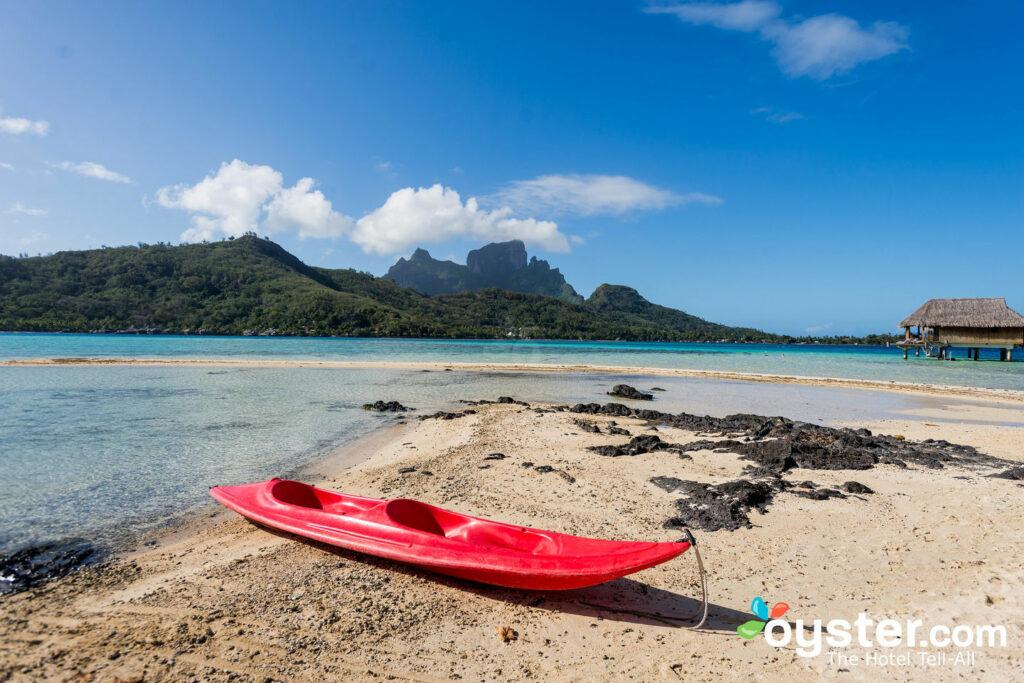 Deportes acuáticos en el Sofitel Bora Bora Private Island / Oyster