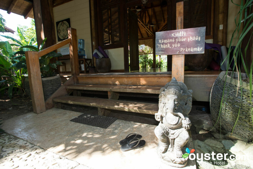 Pranamar Villas e Yoga Retreat / Oyster