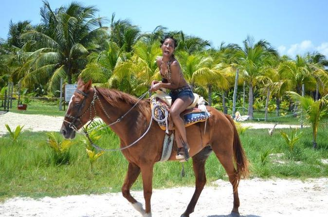 Horseback Riding Near Cancun/Viator
