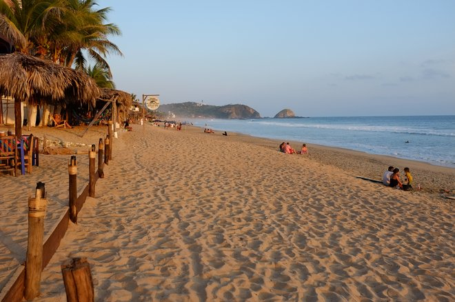 Beach in Zipolite; Matthias Ripp/Flickr