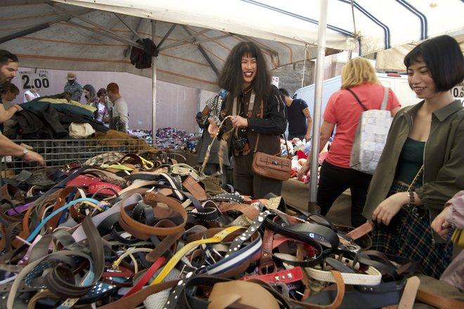 Mercado de domingo de Porta Portese en Testaccio / Kyle Valenta