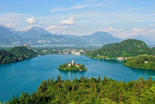 Lake Bled, Slovenia; Hotice Hsu/Flickr