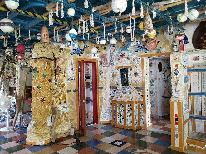Delphinhaus in Bimini / Katherine Alex Beaven