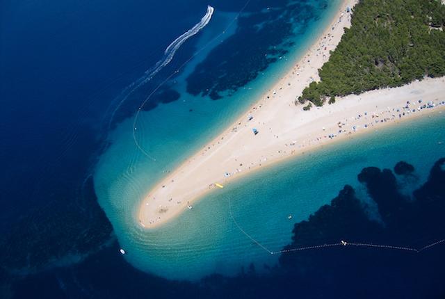 Playa Zlatni Rat: Szabolcs Emich / Flickr