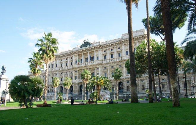 Piazza Cavour in Prati, Rome