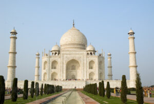 Taj Mahal; Paul Asman and Jill Lenoble/Flickr