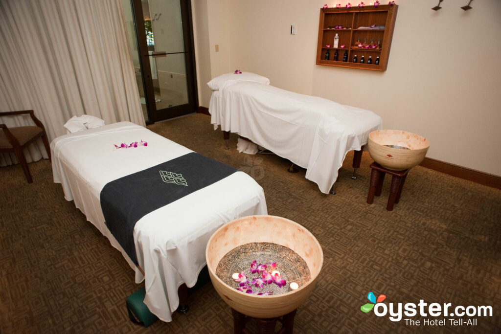 Spa in Hilton Hawaiian Village Waikiki Beach Resort/Oyster