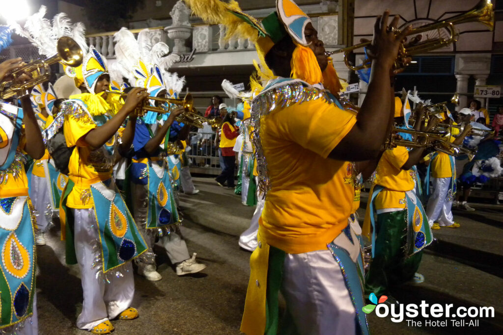 Junior Junkanoo Parade a Nassau, Bahamas