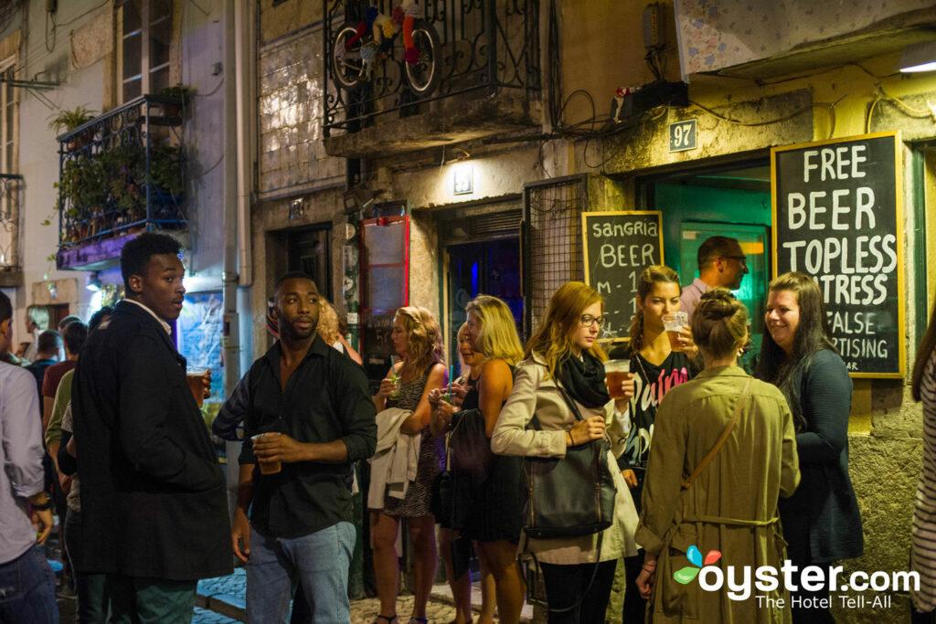 Bairro Alto di notte, Lisbona