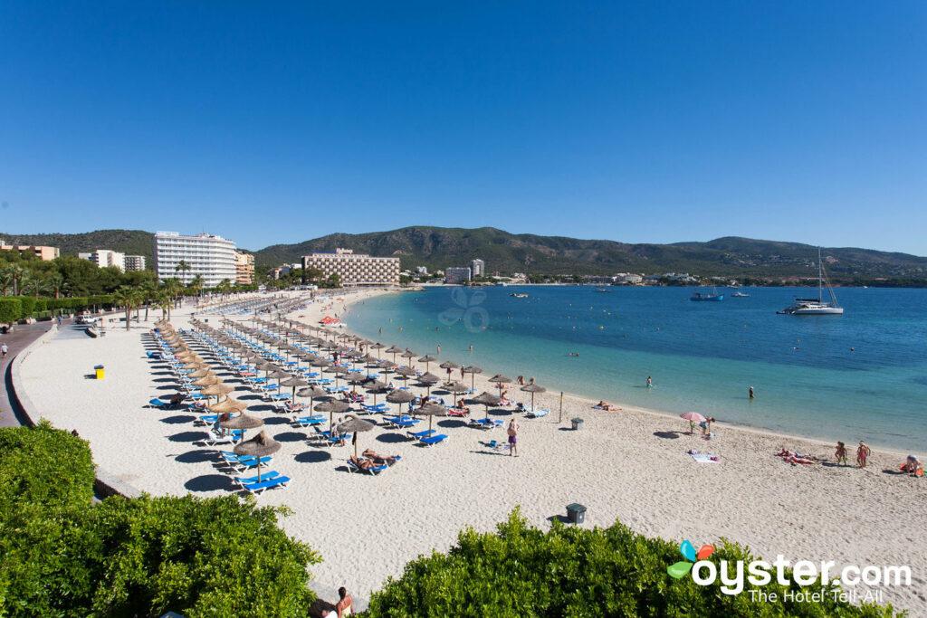 Strand im Hotel Comodoro, Mallorca / Oyster