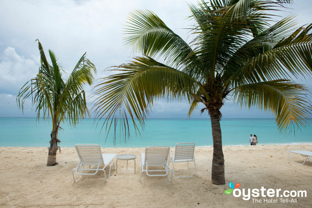 Beach at Plantana Condominiums, Grand Cayman