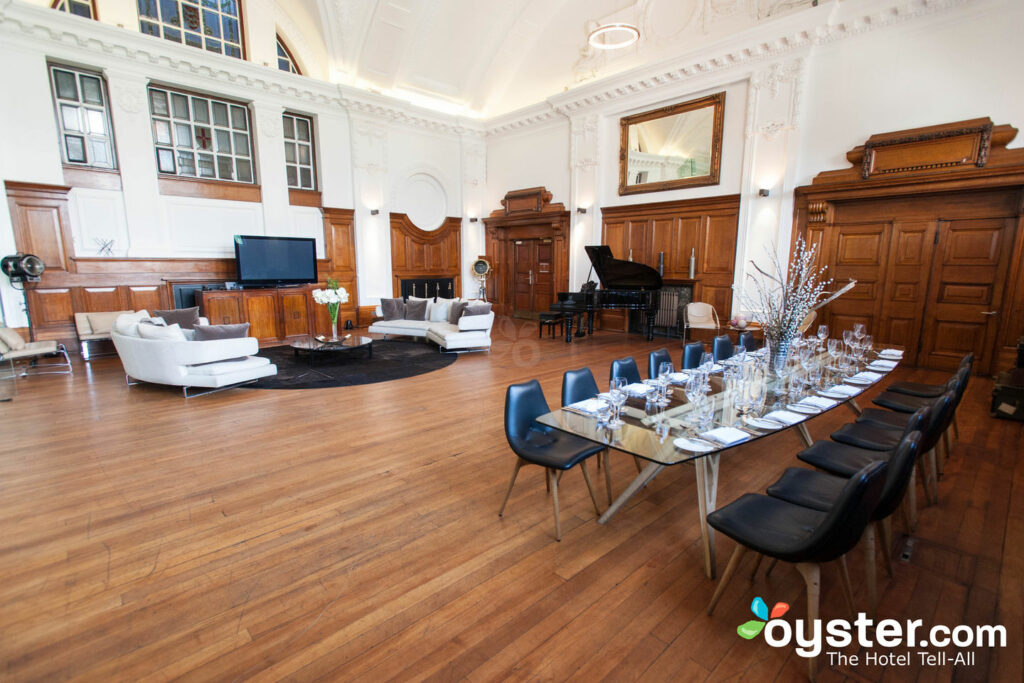 De Montfort Suite (Event Space) at Town Hall Hotel