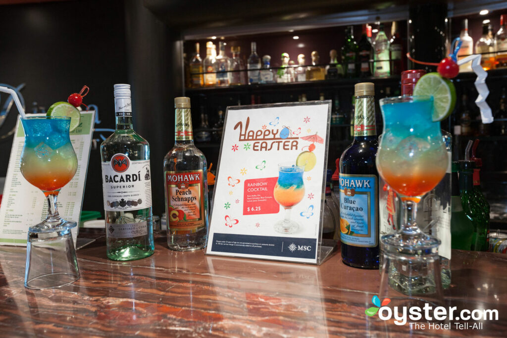 Divina Bar on MSC Divina, MSC Cruises