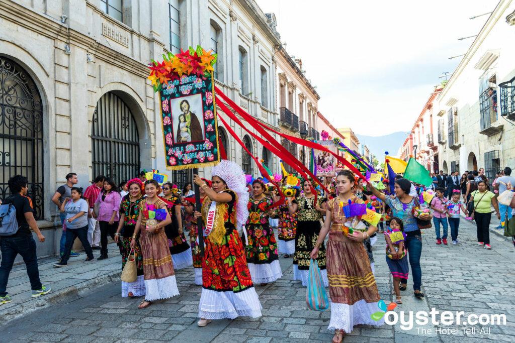 Parate folcloristiche a Oaxaca