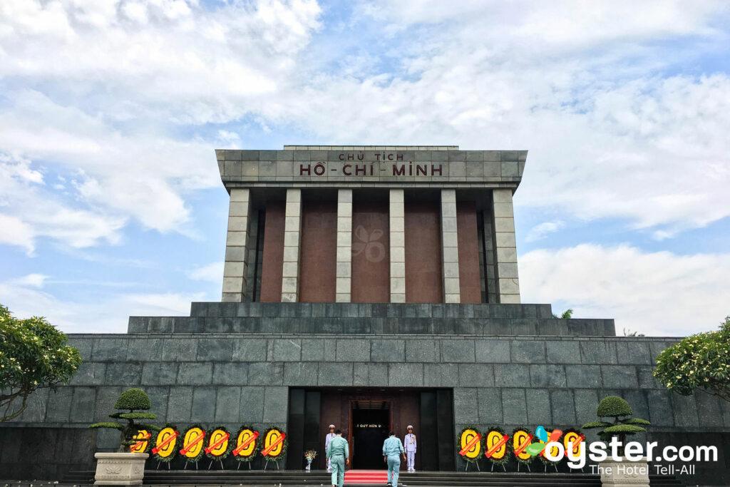 Mausoleo de Ho Chi Minh, Hanoi / Oyster