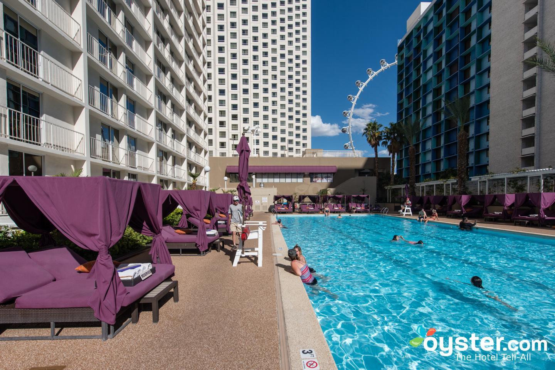 Las vegas harrah hotel and casino trump taj mahal casino hours