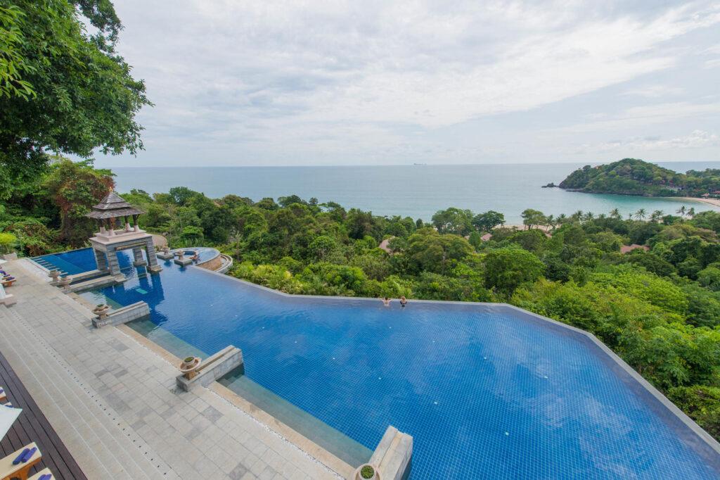 infinity-pool-pimalai-resort-and-spa