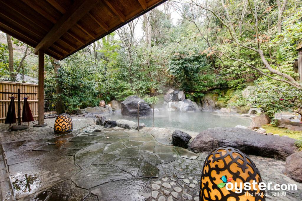 Baños termales para hombres en Gora Kadan, Hakone-machi