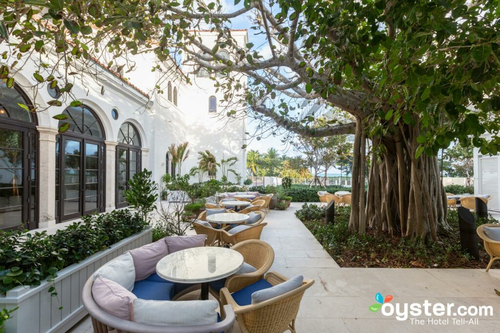 Patio en el Hotel Four Seasons en el Surf Club, Surfside