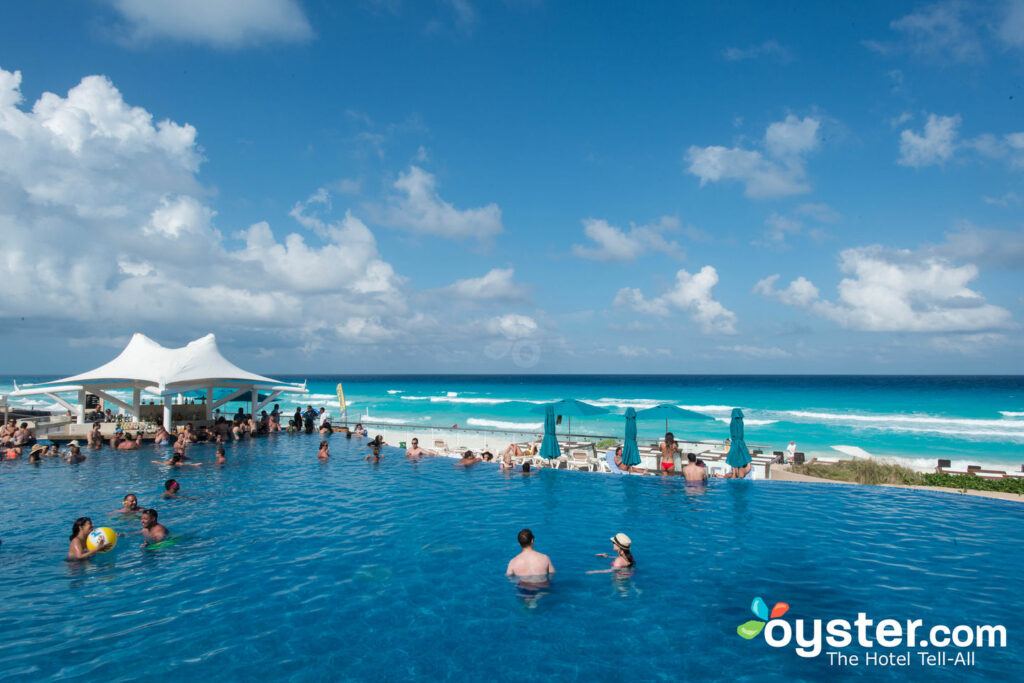 Piscine au Hard Rock Hotel Cancun