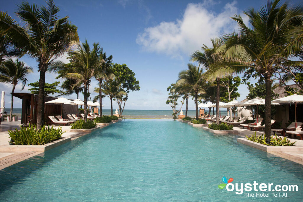 Piscine au Layana Resort and Spa