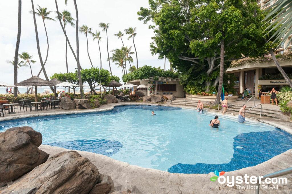 Hilton Hawaiian Village Waikiki Beach Resort Review What To