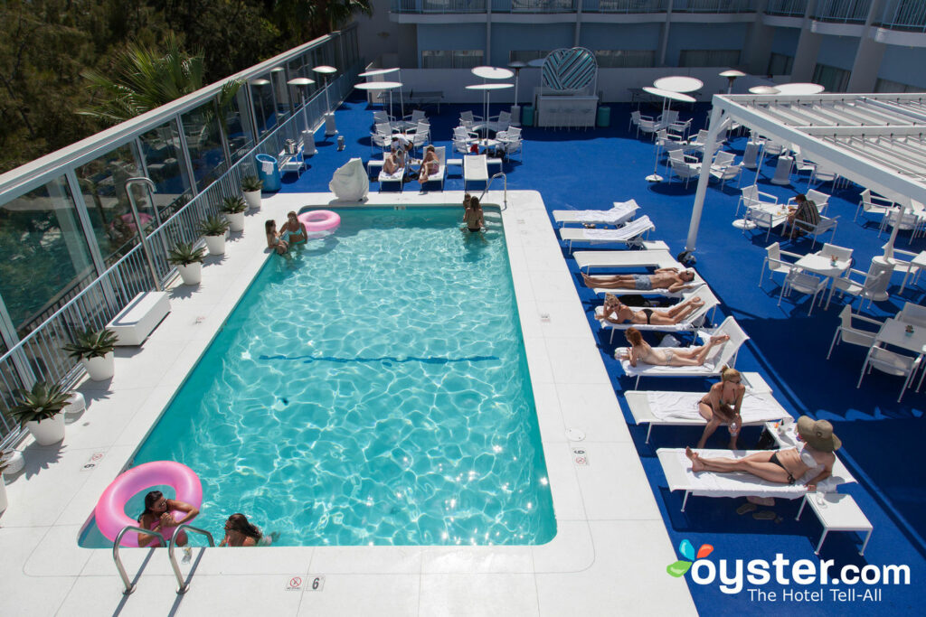 Piscina en The Standard, Hollywood