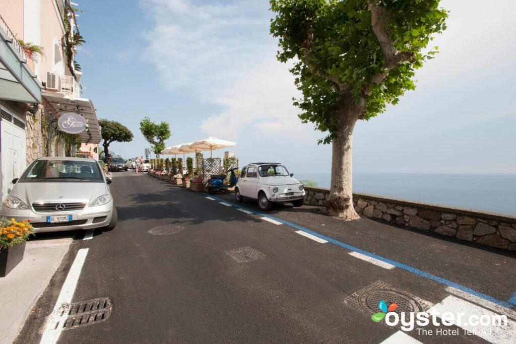 Street at Positano Art Hotel Pasitea/Oyster