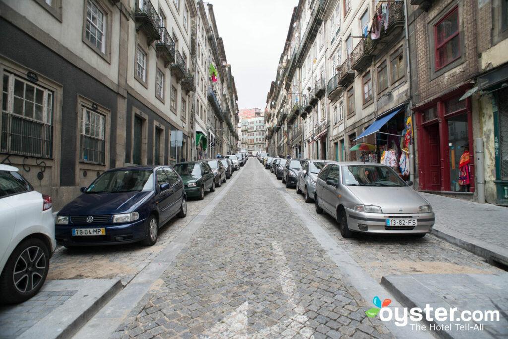 Street at Carris Porto Ribeira