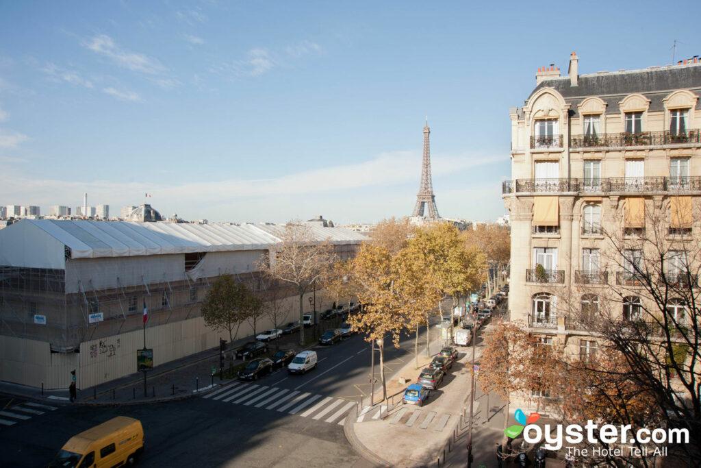 Chambre supérieure n ° 45 de l'hôtel Duquesne Eiffel