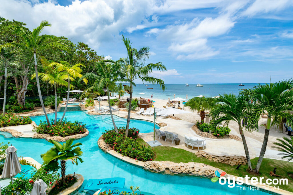 Piscina Swim-Out no Sandals Negril Beach Resort & Spa