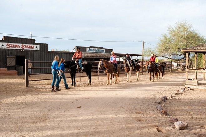 Horseback Riding at the White Stallion Ranch/Oyster