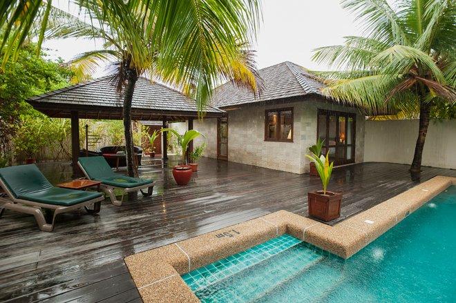 The Sultan Pool Villa at the Kuredu Island Resort & Spa/Oyster