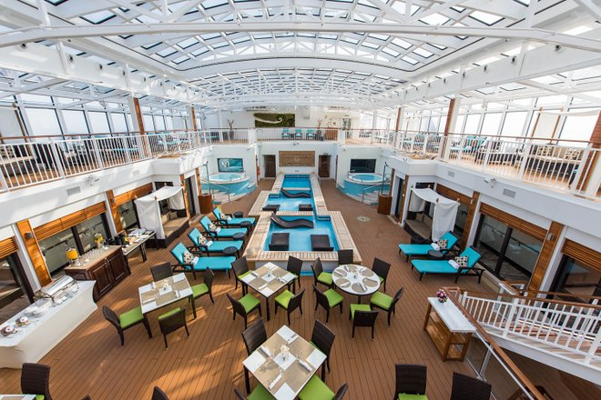 The Haven Courtyard na Norwegian Breakaway / Oyster