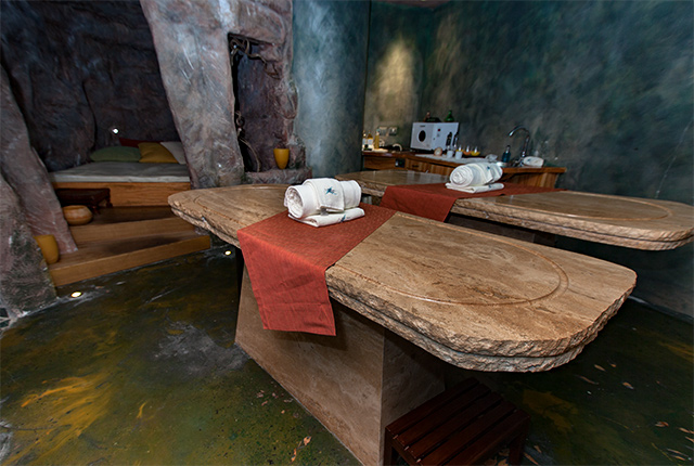 Salle de soins spa au Lefay Resort and Spa / Oyster