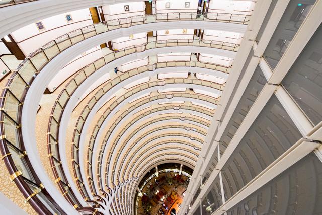 Grand Hyatt Shanghai / Oyster