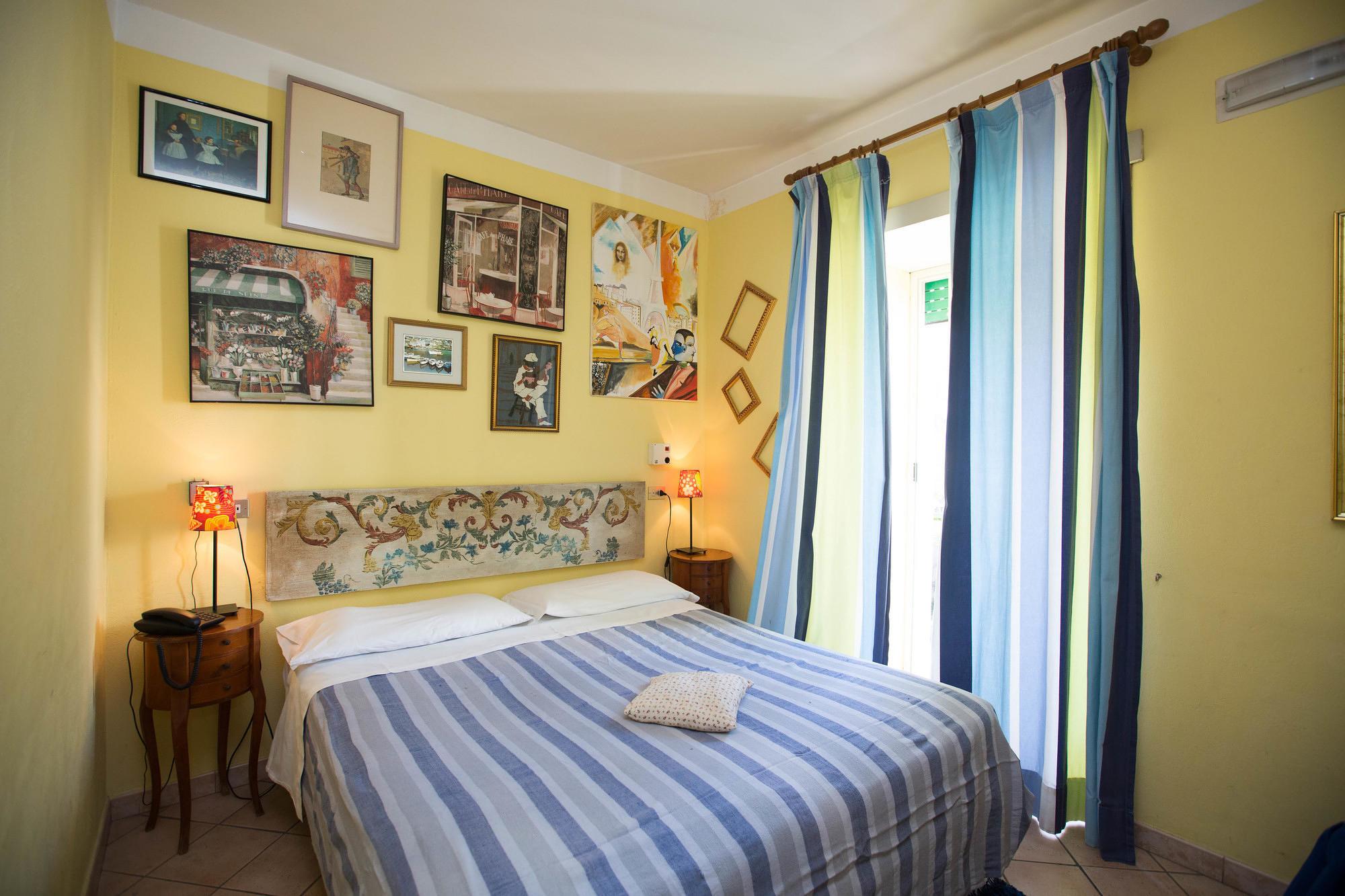 Parigi Room at Hotel Europeo & Flowers in Naples, Italy