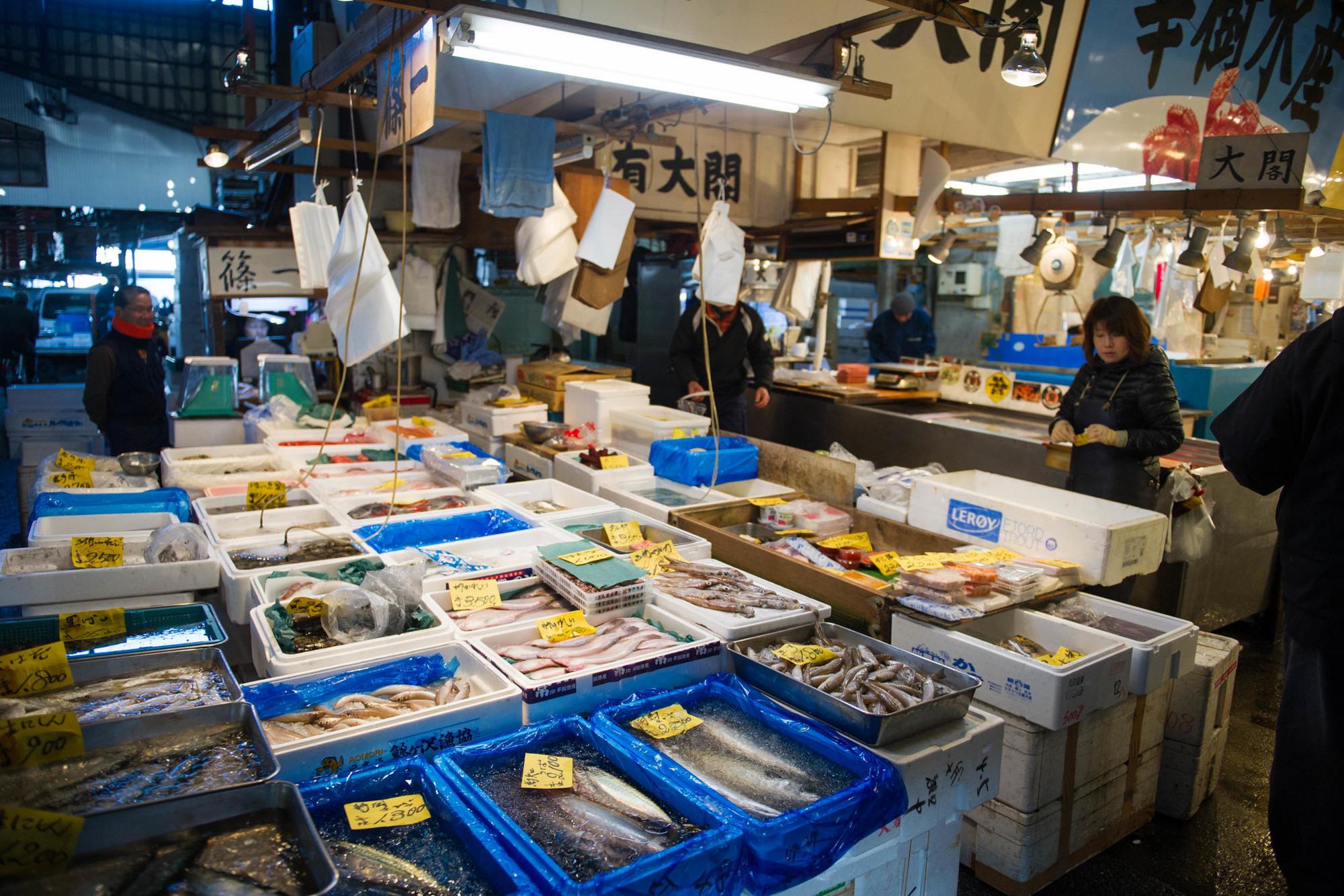 Tokyo's main fish market -- Toyosu -- is now located offshore